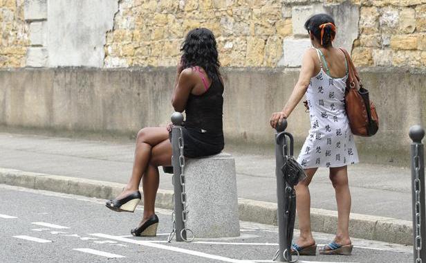 femme noire lesbienne pute saint quentin