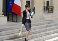 la-ministre-de-la-jeunesse-et-des-sports-najat-vallaud-belkacem-le-7-mai-2014-a-paris_4895957