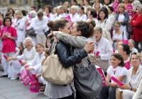 TOPSHOTS 2012-FRANCE-SOCIETY-FAMILY-DEMO