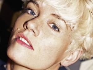 C.A.R-la-Siouxsie-electro